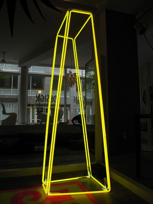 Roger borg yellow slant lamp 700px